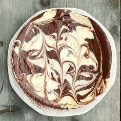 Flourless Chocolate and Cream Cheese Marble Cake