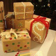 Leuk om zo met Sinterklaas gerecyclede materialen te gebruiken! (en wég met dat eeuwige standaard-Sinterklaaspapier)