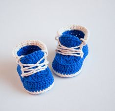 LITTLE RUNNERS - Crochet Baby Booties - Baby Shoes - Newborn, 0 - 3 months, 3 - 6 months and 3 - 12 months - Instant Download