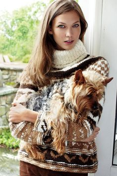 Karlie Kloss and her cute pup!