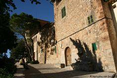 Majorca: Dare to be divine in Deia - possibly Mallorca's most glamorous destination: http://www.worldwanderingkiwi.com/2014/01/majorca-dare-divine-deia/