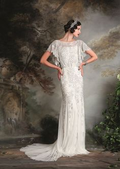 Ultra glam deco-inspired gown by Eliza Jane Howe, Wedding Journal Online #vintageinspired #weddingdress #greatgatsby #bridaldress