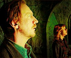 Find images and videos about remus lupin and tonks on We Heart It - the app to get lost in what you love. Harry Potter Tumblr, Memes Do Harry Potter, Mundo Harry Potter, Harry Potter Draco Malfoy, Harry Potter Cast, Harry Potter Characters, Harry Potter World, Hermione, Bellatrix Lestrange