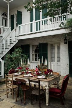 Moody Victorian-inspired tablescape at the Beauregard-Keyes House in New Orleans' French Quarter | Photo by Justine Bursoni