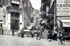 Galata - The steps (Τα σκαλάκια) 1921. The area is also referred to as Yuksek Caldirim.