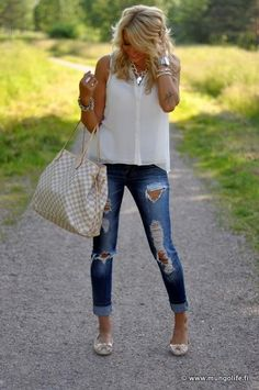 .my kinda spring outfit. Simple and easy