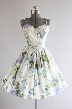 Vintage 1950s Dress / 50s Cotton Dress / TABAK Of CALIFORNIA Purple and Blue Rose Print Sun Dress XS/S