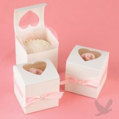 Cupcake Wedding Favor Boxes. great for #diyweddings and #DIY projects. Available from #koyal @Koyal Wholesale