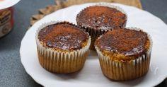 Recept na Mrkvové muffinky z kategorie snadno a rychle, fitness: 50 g třtinového cukru, 1 lžíce rumu, 120 ml oleje, 120 ml medu, 3 velká vejce, 1 lžička...