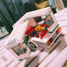 안녕 미니 캠핑카! #legogram #legomania #lego #legostagram #legocity #legomovie #legominifigures #legocamping #레고시티 #레고 #레고시티캠핑카 #레고60117 by kkumdolee__