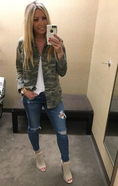 30 Traditional Casual Style Ideas That Will Make You Look Fantastic fashion Flawless Street Style Outfits Adrette Outfits, Cute Fall Outfits, Fall Winter Outfits, Spring Outfits, Trendy Outfits, Fashion Outfits, Womens Fashion, Fashion Ideas, Ladies Fashion