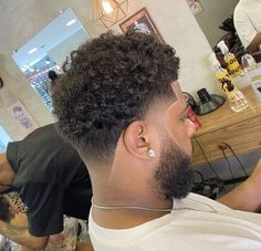 Grey Hair Men, Curly Hair Styles, Natural Hair Styles, Arched Eyebrows, Black Men Hairstyles, Curly Hair Routine, New Haircuts, Fade Haircut, Dapper