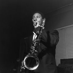 """""""Sonny Rollins takes a break during the recording his 1957 album, Sonny Rollins, Volume II. This photo by Francis Wolff has become one of the iconic images of jazz in the Hard Bop, Sonny Rollins, Jazz Artists, Jazz Musicians, Smooth Jazz, Moon On The Water, Cannonball Adderley, Francis Wolff, Free Jazz"""