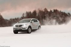 awesome Kia Sportage on the run.... photos
