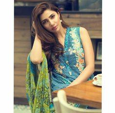 Mahira Khan. Pakistani Actress Mahira Khan, Pakistani Actress, Celebs, Celebrities, Looks Great, Most Beautiful, Sari, Actresses, Fashion Outfits