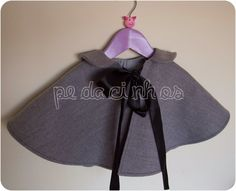 Pedacinhos de Arco Íris: Capa para menina - Winterland (toddler cape)