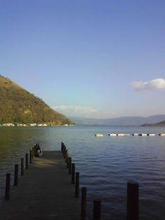 Lago de Amatitlán - Foto por César Antonio Morales   Solo lo mejor de Guatemala