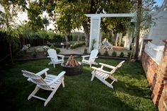 15 Fire Pits Perfect for Outdoor Entertaining --> http://www.hgtvgardens.com/decorating/15-cool-fire-pit-ideas?soc=pinterest