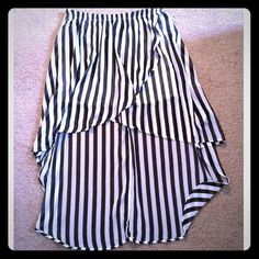 """High low Chiffon Skirt Brand New with Tags! Black & white Chiffon High Low Skirt! The highest point of skirt stops a little above knee on me & i am 5' 10"""" Skirts"""