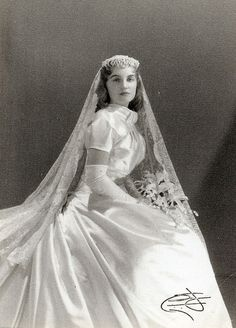 1930s WEDDING GOWNS | 1930 S Wedding Dresses | Wedding Vendors