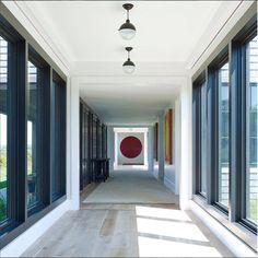Interior de uma obra da autoria de Reinaldo Leandro