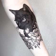35 Best cat tattoo designs for men and women cat tattoo,tattoo design,tattoo ideas. tattoos 35 Best cat tattoo designs for men and women - HomeLoveIn Trendy Tattoos, Cute Tattoos, Unique Tattoos, Beautiful Tattoos, Body Art Tattoos, New Tattoos, Small Tattoos, Sleeve Tattoos, Tattoos For Guys