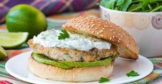 Recette de Burger diététique au poulet et tzatziki. Facile et rapide à réaliser, goûteuse et diététique. Ingrédients, préparation et recettes associées.