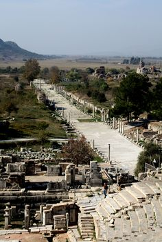 Ephesus was an ancient Greek city, and later a… Ancient Greek City, Ancient Ruins, Ancient Rome, Ancient Greece, Istanbul, Roman City, Ephesus, Roman History, Athens Greece