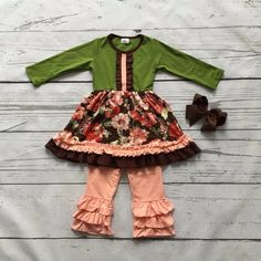 Fall Floral Outfit with Bow