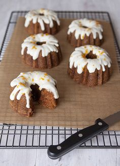 Carrot Cake: love them in these mini bundt tins! from TheBoyWhoBakes