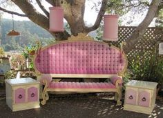 http://ancientpoint.com/imgs/a/e/e/w/w/hollywood_regency_bedroom_set___6_piece_set_1_thumb2_lgw.jpg