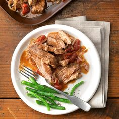 But you can also serve this Swiss steak over hot mashed potatoes. Swiss Steak Recipes, Beef Recipes, Recipies, Beef Flank Steak, Slow Cooker Breakfast, Beef Dishes, Crockpot Dishes, How To Cook Steak, Slow Cooker Recipes