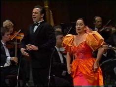 "▶ Teresa Berganza & Jorge Chaminé - ""La ci darem la mano"" - Don Giovanni (Mozart) - YouTube"