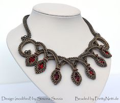 """Necklace """"Grace"""" beaded by PrettyNett. Antique Jewelry, Beaded Jewelry, Beaded Necklace, Beaded Bracelets, Necklaces, Beading Tutorials, Beading Patterns, Armband Diy, Diy Jewelry Inspiration"""