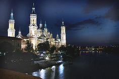 Zaragoza, Spain Nocturna desde el Puente (by Bluemed)