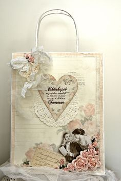 A gift bag, featuring the From my Heart II collection