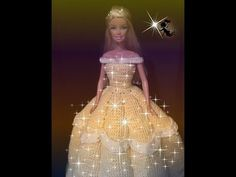 You tube instructions Crochet Doll Pattern, Crochet Dolls, Knit Crochet, Strapless Dress Formal, Prom Dresses, Formal Dresses, Diy Vestidos, Crochet Princess, Doll Videos