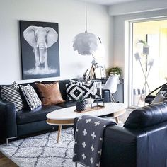 Here's What I Know About Black Sofa Living Room Leather Interior Design Rugs 75 Living Room Decor Grey Sofa, Black Leather Sofa Living Room, Black Sofa Decor, Leather Sofa Decor, Decor Room, Home Living Room, Living Room Designs, Home Decor, Black White And Grey Living Room