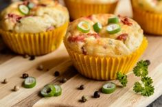 Bramborové muffiny se slaninou - Babinet.cz Smoothie, Food And Drink, Breakfast, Pizza, Smoothies, Morning Breakfast