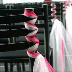 Tulle/ribbon instead of flowers.