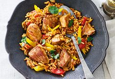 Serbisches Reisfleisch Kung Pao Chicken, Paella, Curry, Low Carb, Beef, Ethnic Recipes, Food, Recipes With Chicken, Credenzas