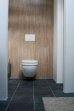 Houtlook badkamer, houtlook toilet
