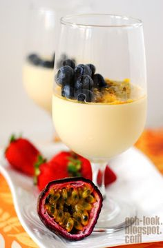 Ooh, Look...: Zounds! A Lemon posset with passionfruit!