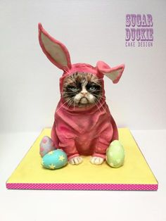 Grumpy Easter Cat - cake by Sugar Duckie (Maria McDonald) Gorgeous Cakes, Pretty Cakes, Amazing Cakes, Cat Birthday, Birthday Cake Girls, Grumpy Cat Cakes, Pink Bunny Costume, Easter Cats, Hoppy Easter