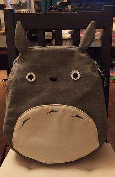 Sac à dos transformable Limbo version Totoro cousu par Cécile - Patron Sacôtin
