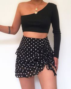 Obsessed with this polka dot skirt from 😍🖤 Summer Outfits Women, Spring Outfits, Trendy Outfits, Cute Outfits, Fashion Outfits, Aesthetic Fashion, Aesthetic Clothes, Moda Fashion, Womens Fashion