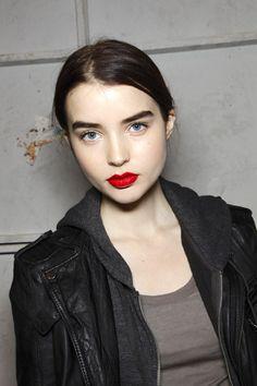 @Olwyn F fair skin, blue eyes, dark eye, red lips. SO great.