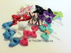 Little Bow Hijab Pin Ribbon Headbands, Ribbon Bows, Ribbons, Hijab Pins, Kids Ornament, Ornaments, Kanzashi Flowers, Little Bow, Ribbon Embroidery