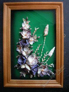 Нажмите чтобы закрыть изображение, нажмите и перетащите для изменения местоположения. Для просмотра изображений используйте стрелки. Sea Glass Crafts, Sea Crafts, Diy And Crafts, Arts And Crafts, Seashell Art, Seashell Crafts, Shell Flowers, Pinecone Ornaments, Resin Art