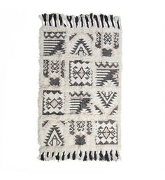 Woolen carpet in cream/black color. A great carpet with special pattern. Fabric Rug, Shabby Chic Style, Rugs On Carpet, Carpets, Pattern, Color, Design, Home Decor, Waiting